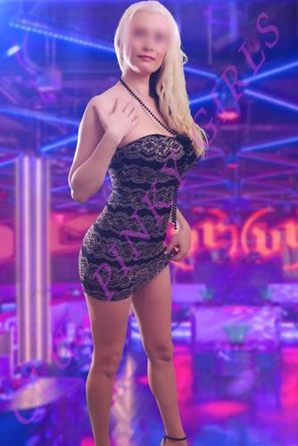 Wendi mclendon- covey nude pics